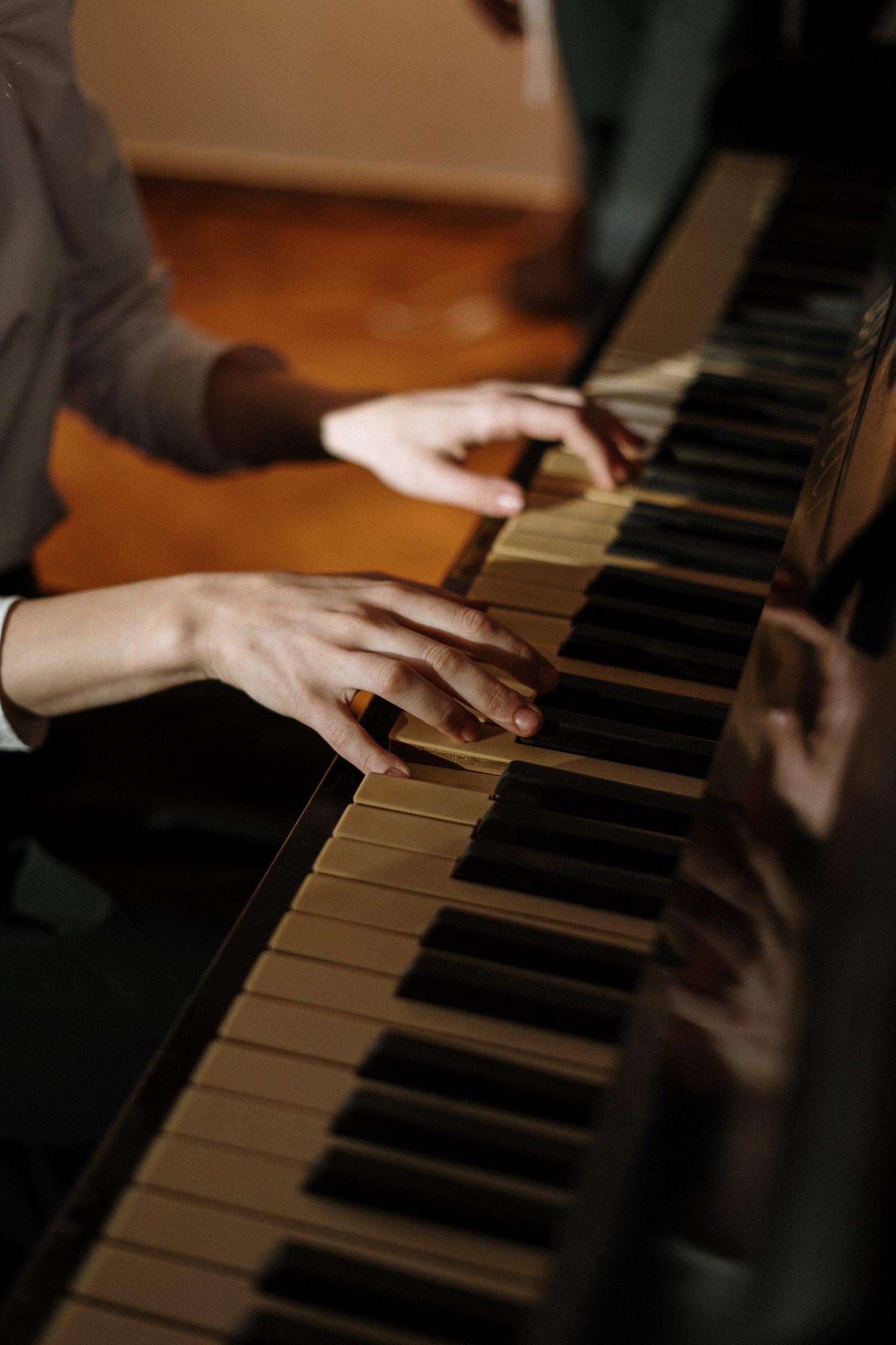Pianobeweging — Een goede beweging is een goede klank!